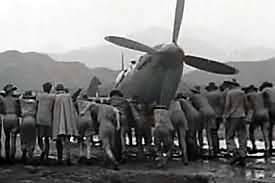 WW2 Burma Campaign RAF Veteran Gives Simulator Thumbs-up