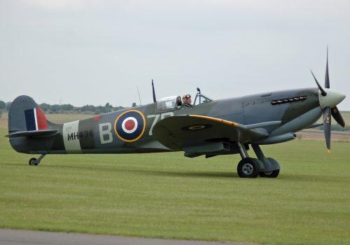 Spitfire_LF_IXC_MH434