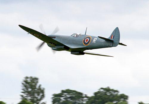 Spitfire_PL965_(Mk_XI)_(14204449448)